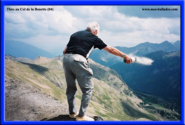 Le Col De La Bonette Dans Les Alpes Maritimes 04850