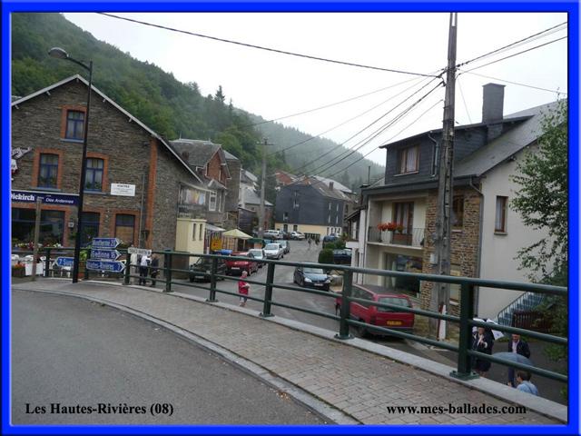 le village les hautes rivieres dans les ardennes 08800