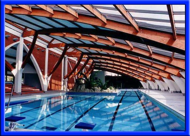 La ville de joigny dans l 39 yonne 89300 for Construction piscine yonne